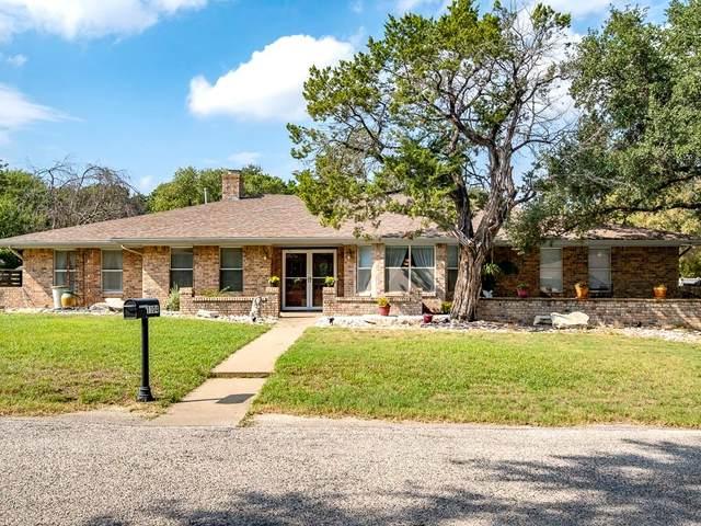 1104 Spanish Trail Drive, Granbury, TX 76048 (MLS #14685984) :: Trinity Premier Properties
