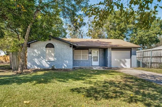 1301 Cleta Court, Grand Prairie, TX 75051 (MLS #14686012) :: The Chad Smith Team