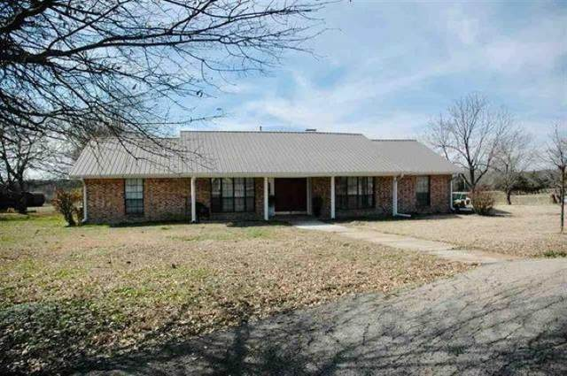 3308 Farm Road 1497, Paris, TX 75462 (MLS #14686021) :: The Kimberly Davis Group