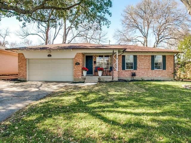 6611 Highgate Lane, Dallas, TX 75214 (MLS #14686155) :: Frankie Arthur Real Estate