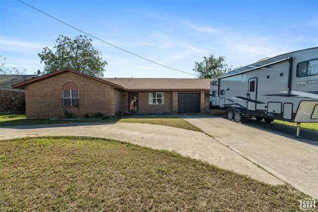 4005 8th Street, Brownwood, TX 76801 (MLS #14686197) :: Lisa Birdsong Group | Compass