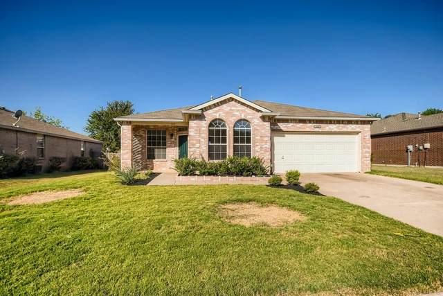 8008 Serenity Way, Denton, TX 76210 (MLS #14686242) :: Real Estate By Design