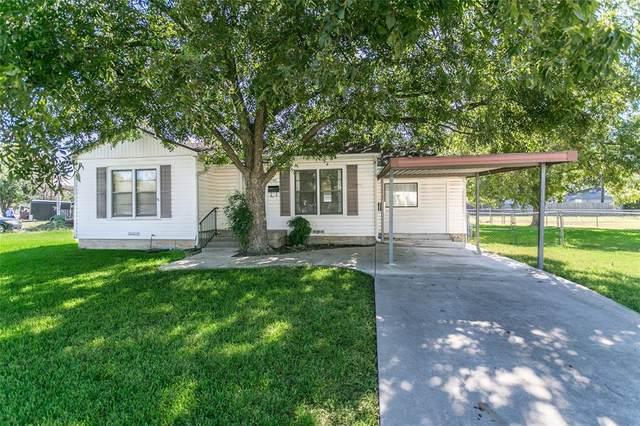 7102 Maple Park Drive, Richland Hills, TX 76118 (MLS #14686279) :: Lisa Birdsong Group   Compass