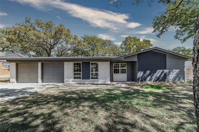 53 Coffee Tavern Road, Bedford, TX 76022 (MLS #14686352) :: Real Estate By Design