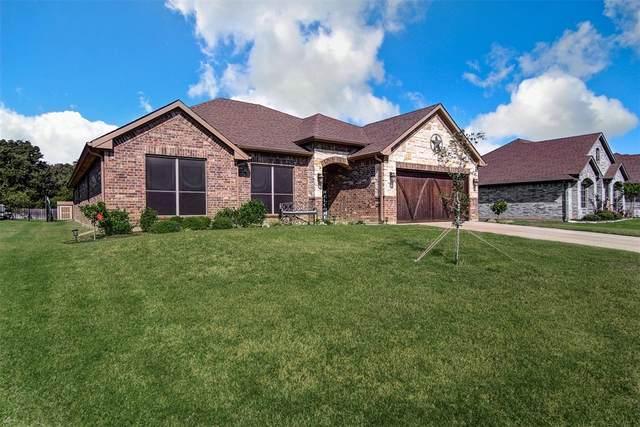 1010 Saint Andrews Drive, Burleson, TX 76028 (MLS #14686357) :: Frankie Arthur Real Estate