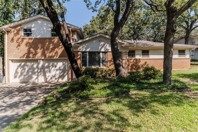 632 Hillview Drive, Hurst, TX 76054 (MLS #14686522) :: Jones-Papadopoulos & Co