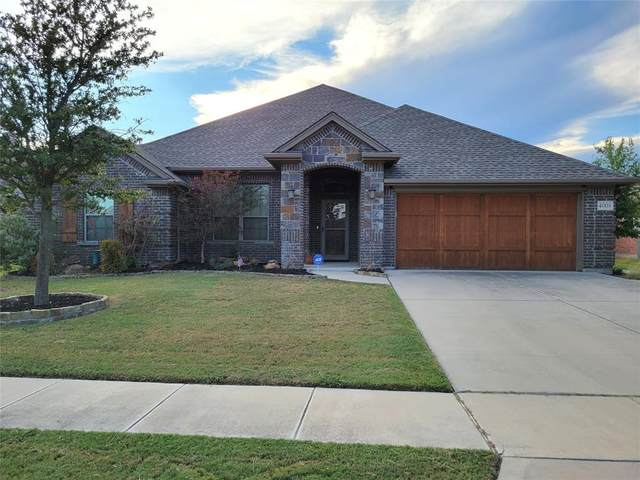 4008 Palomino Drive, Benbrook, TX 76116 (MLS #14686715) :: Epic Direct Realty