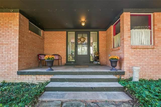 1410 Greenwood Drive, Denton, TX 76209 (MLS #14686828) :: Trinity Premier Properties