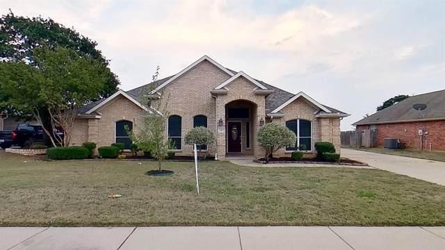 301 Castle Hill Drive, Burleson, TX 76028 (MLS #14686904) :: Jones-Papadopoulos & Co