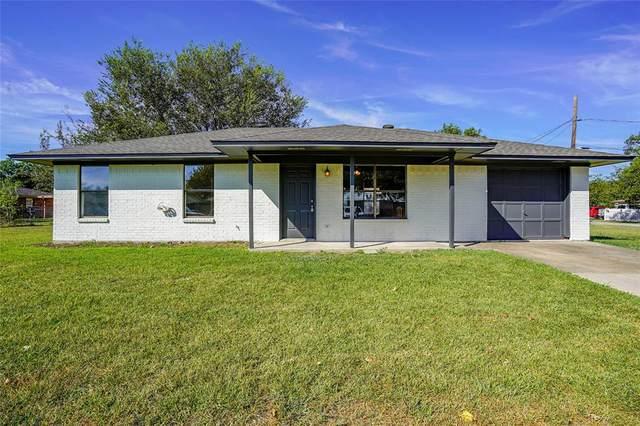 301 S 1st Street, Sanger, TX 76266 (MLS #14687101) :: Frankie Arthur Real Estate