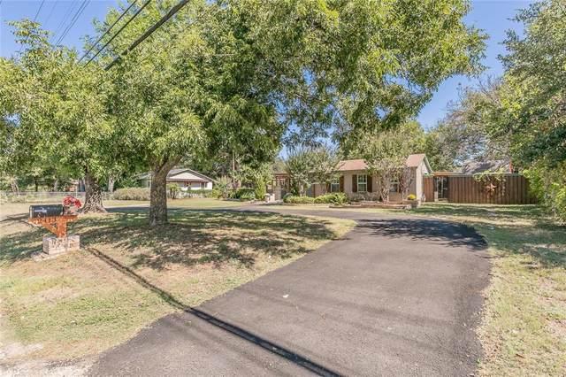 2413 Sandy Lane, Fort Worth, TX 76112 (MLS #14687506) :: Real Estate By Design