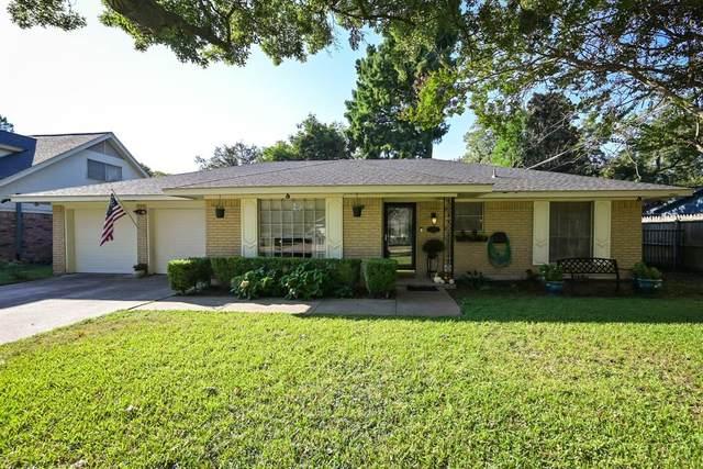 1318 Paisley Drive, Arlington, TX 76015 (MLS #14687600) :: The Star Team | Rogers Healy and Associates