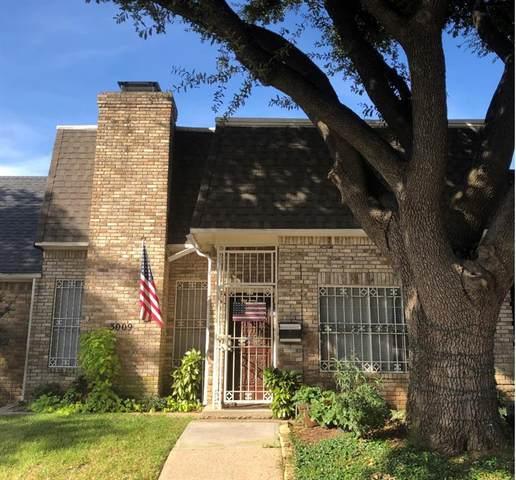 3009 Stonehenge Lane, Carrollton, TX 75006 (MLS #14687690) :: 1st Choice Realty