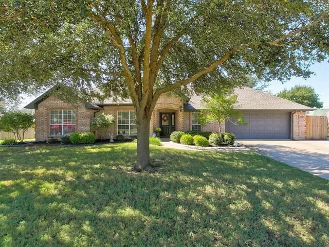 3204 Crockett Street, Granbury, TX 76049 (MLS #14687783) :: The Star Team   Rogers Healy and Associates