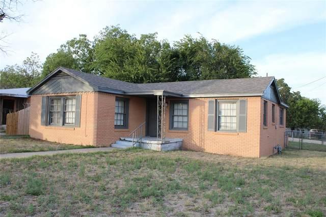 1306 15th Street, Brownwood, TX 76801 (MLS #14687924) :: Frankie Arthur Real Estate