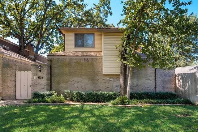 621 Placid Circle, Arlington, TX 76012 (MLS #14688212) :: Jones-Papadopoulos & Co