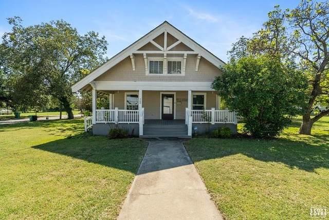 700 W College Avenue, Comanche, TX 76442 (MLS #14688296) :: Trinity Premier Properties