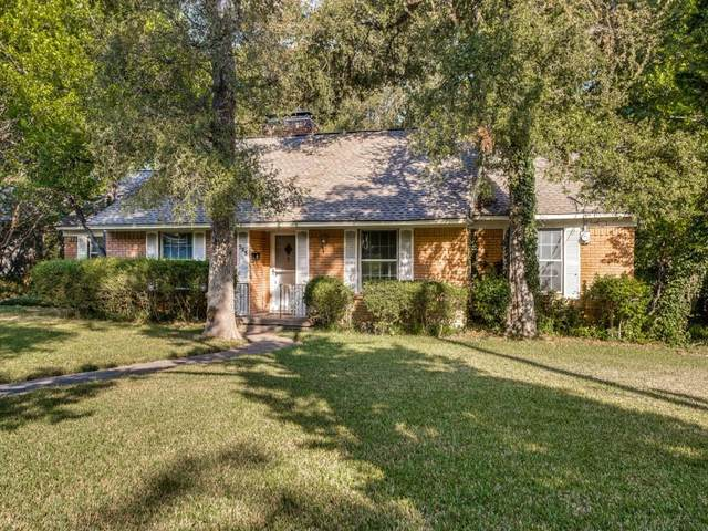 723 Monssen Drive, Dallas, TX 75224 (MLS #14688423) :: The Star Team   Rogers Healy and Associates