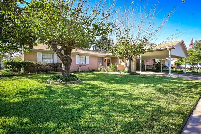 301 W Dorris Drive, Grand Prairie, TX 75051 (MLS #14688445) :: Jones-Papadopoulos & Co