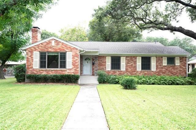 938 Sam Dealey Drive, Dallas, TX 75208 (MLS #14688508) :: HergGroup Dallas-Fort Worth
