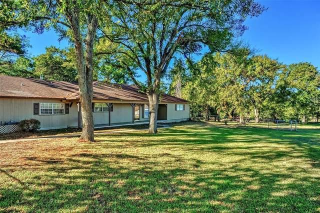 532 Shawnee Trail, Whitesboro, TX 76273 (MLS #14688608) :: The Rhodes Team