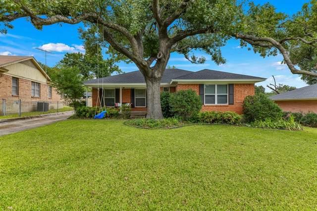 8835 Graywood Drive, Dallas, TX 75243 (MLS #14688677) :: Jones-Papadopoulos & Co