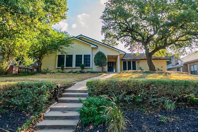2611 Riveroaks Drive, Arlington, TX 76006 (MLS #14688761) :: Frankie Arthur Real Estate