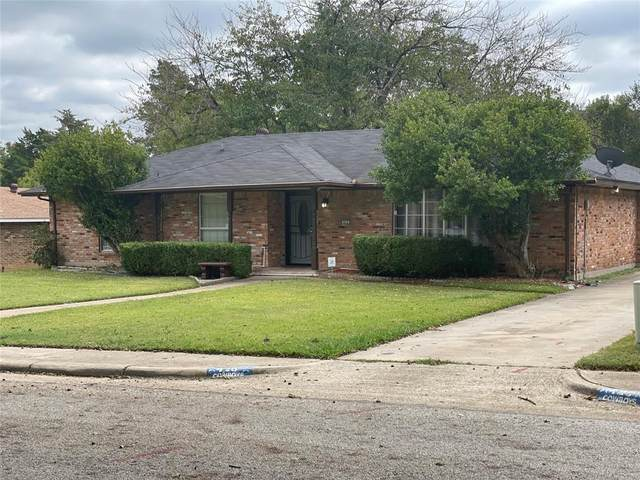 426 Tanglewood Drive, Desoto, TX 75115 (MLS #14688813) :: The Chad Smith Team