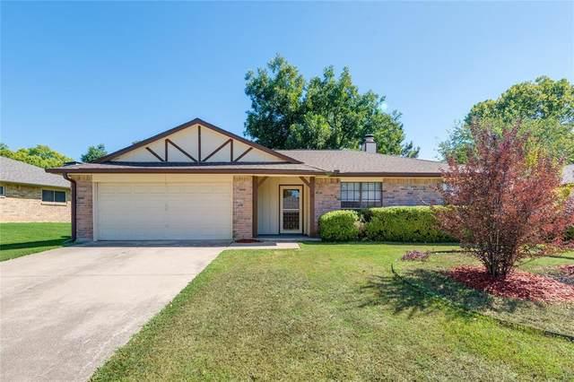 2924 Turtlerock Drive, Bedford, TX 76021 (MLS #14688825) :: Real Estate By Design