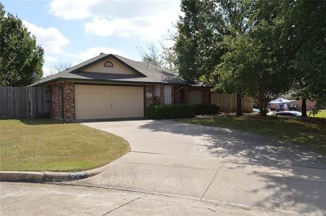 500 Larkspur Court, Burleson, TX 76028 (MLS #14688907) :: The Good Home Team