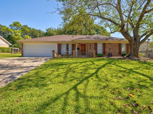 3917 Van Deman Drive, Benbrook, TX 76116 (MLS #14688929) :: GS Realty Team | Fathom Realty