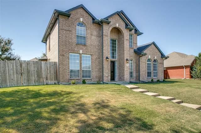 3905 Valez Drive, Carrollton, TX 75007 (MLS #14689006) :: Trinity Premier Properties