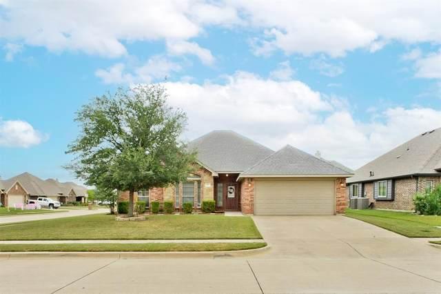 332 Delaware Street, Burleson, TX 76028 (MLS #14689323) :: The Good Home Team