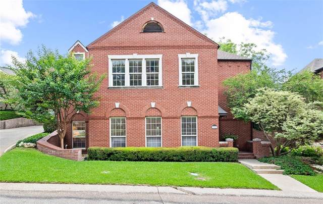 1112 Scotts Way, Fort Worth, TX 76111 (MLS #14689331) :: The Hornburg Real Estate Group
