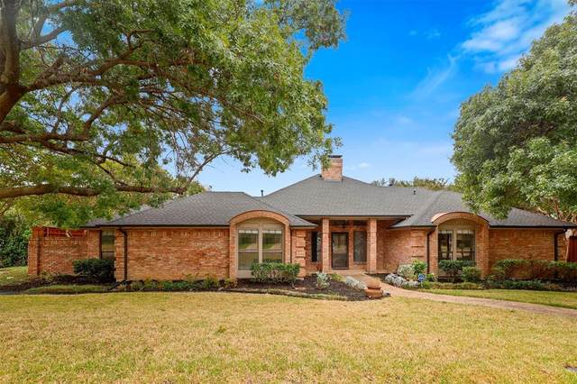 8038 Abramshire Avenue, Dallas, TX 75231 (MLS #14689347) :: The Russell-Rose Team