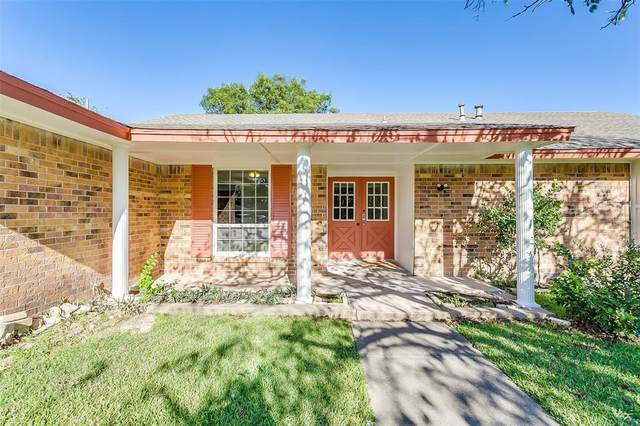 3055 Casita Court, Fort Worth, TX 76116 (MLS #14689431) :: Epic Direct Realty