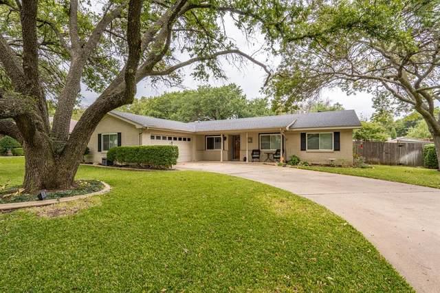 4300 Cadiz Drive, Fort Worth, TX 76133 (MLS #14689542) :: Jones-Papadopoulos & Co