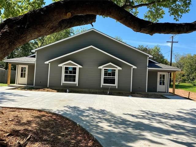 805 Layne Drive, Denison, TX 75020 (MLS #14689764) :: Lisa Birdsong Group | Compass