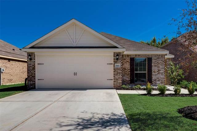 940 First Street, Sanger, TX 76266 (MLS #14689909) :: Epic Direct Realty