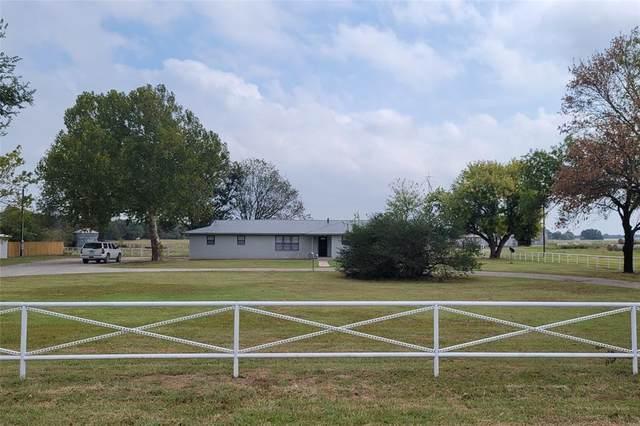 1411 Parker Dairy Road, Alvord, TX 76225 (MLS #14690036) :: Trinity Premier Properties
