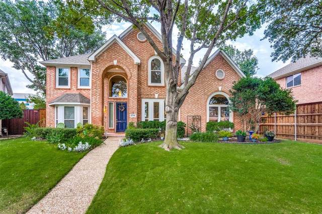 2716 Meadow Hills Lane, Plano, TX 75093 (MLS #14690132) :: Jones-Papadopoulos & Co