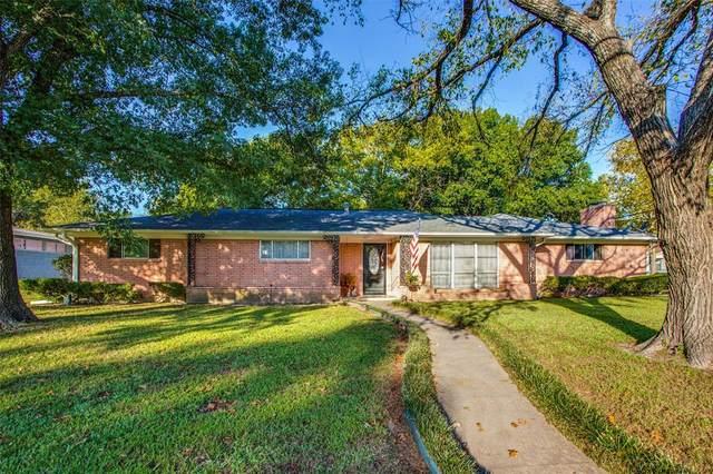 2009 Franklin Avenue, Bonham, TX 75418 (MLS #14690183) :: Jones-Papadopoulos & Co