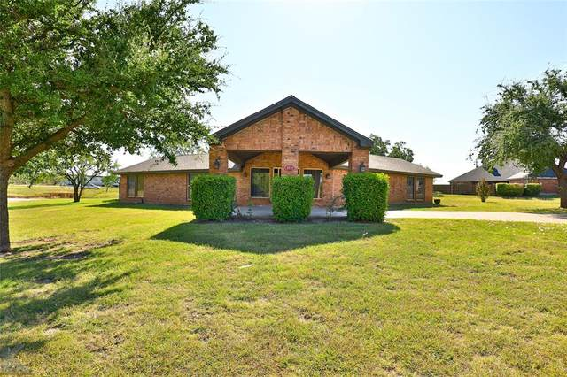 1501 Edgewater Road, Abilene, TX 79602 (MLS #14690458) :: The Kimberly Davis Group