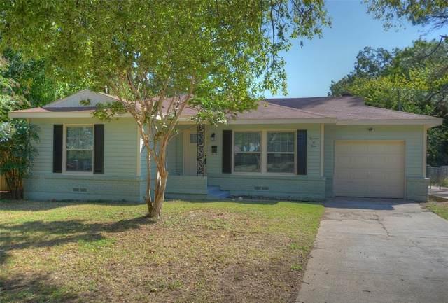 1404 W Lovers Lane, Arlington, TX 76013 (MLS #14690578) :: Frankie Arthur Real Estate