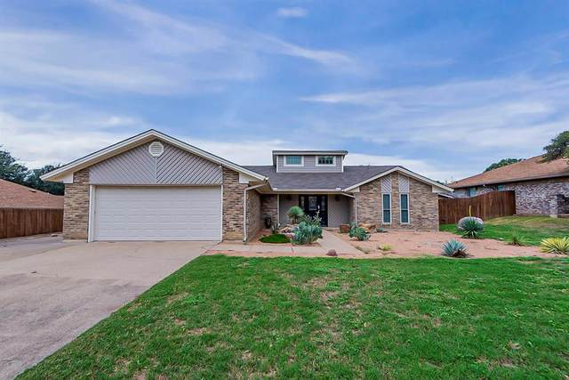213 Meadowhill Drive, Benbrook, TX 76126 (MLS #14690696) :: The Star Team | Rogers Healy and Associates