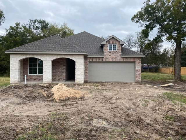819 Oneal Street, Greenville, TX 75401 (MLS #14690725) :: The Kimberly Davis Group