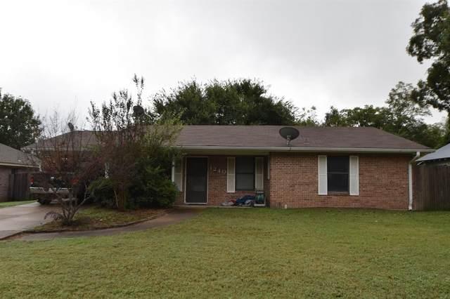 1240 W Groesbeck Street, Stephenville, TX 76401 (MLS #14690741) :: Lisa Birdsong Group | Compass