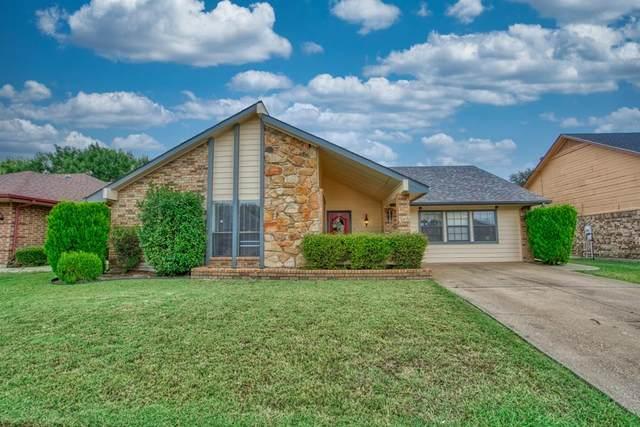 7716 Pear Tree Lane, Watauga, TX 76148 (MLS #14690998) :: Real Estate By Design