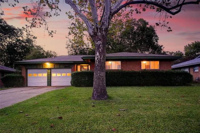 820 Holiday Drive, Sherman, TX 75090 (MLS #14691293) :: Team Hodnett