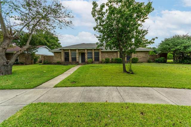 1013 Bridle Drive, Richardson, TX 75081 (MLS #14691368) :: The Russell-Rose Team